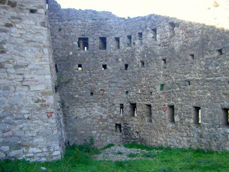 Старый Бар – развалины прошлого