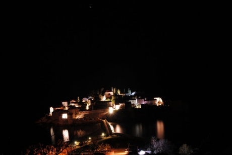 Романтика ночной Черногории