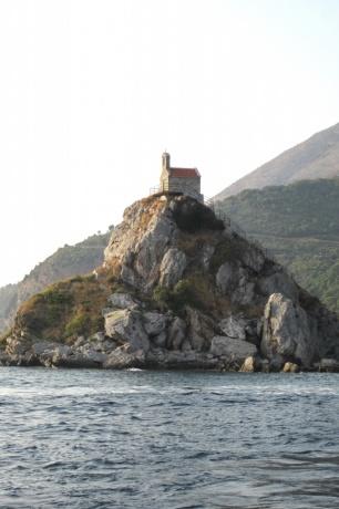 Впервые в Черногорию с маленькими детьми самостоятельно. Часть 8. - Морская прогулка