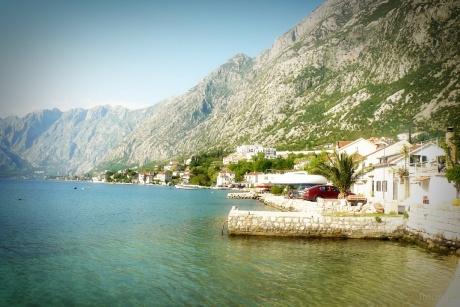 Неделя Черногории. День второй. Жилье и транспорт.