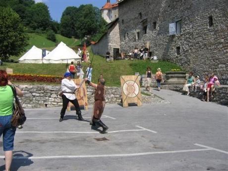 Словения - Шкофья Лука, Логарская Долина, Крижна Яма...