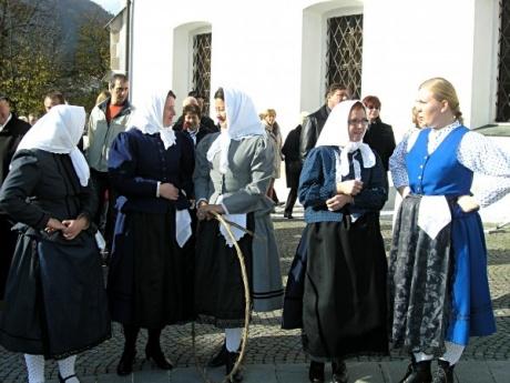 Воскресная ярмарка в Лашко