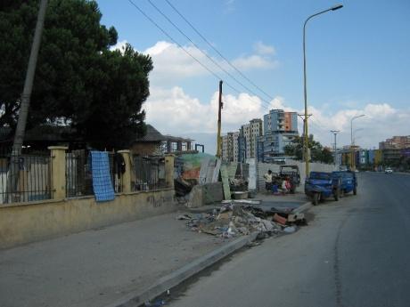 Албания – страна бункеров и автозаправок