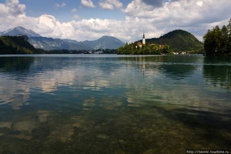 Живописнейшее озеро в словенских Альпах
