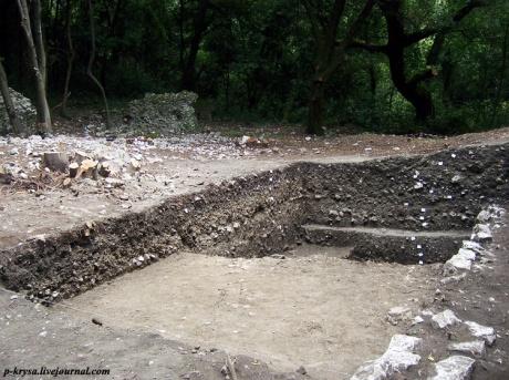 Бутринт. Античный театр и святилище Асклепия