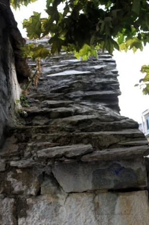 Омиш - башня Пеовица (Мирабела)