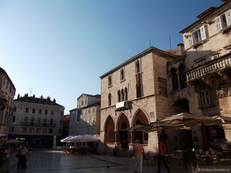 Город Сплит и дворец