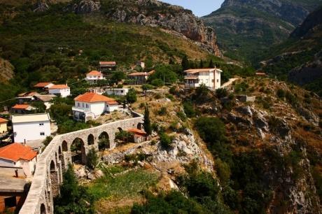 По Черногории всей семьей на арендованном авто без номеров (часть 1)