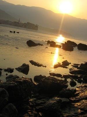 Горящая Черногория - бюджетная,но яркая!!!:-) август 2011