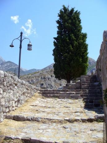 История города Старый Бар, рассказанная им самим