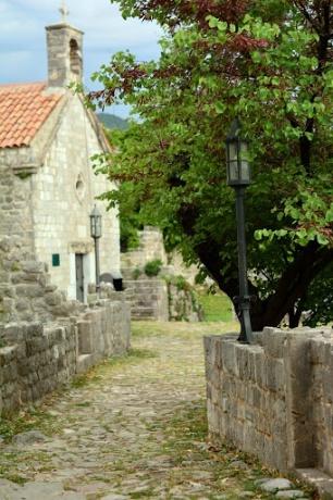 Старый Бар и его руины.
