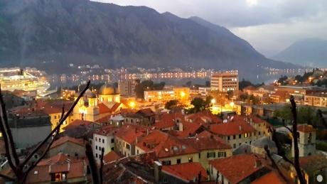 Старый Котор: магия города с домами без прямых углов.