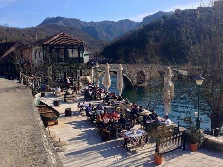 Черногория весной: как пробуждается природа