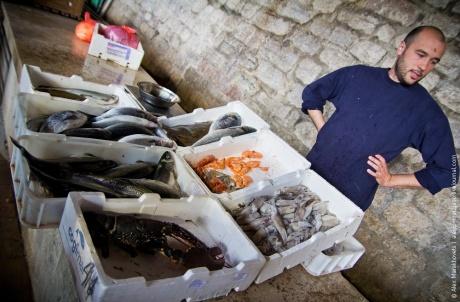 Ленивый день в Которе или Как мы каймак на рынке покупали