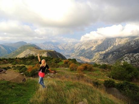 Крепость Горажда в Черногории с видом на Бока Которску