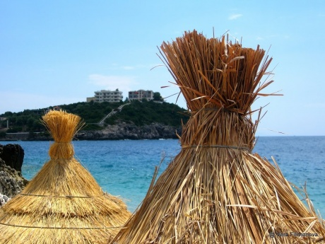 Vuno: пляж Jali (Яли)