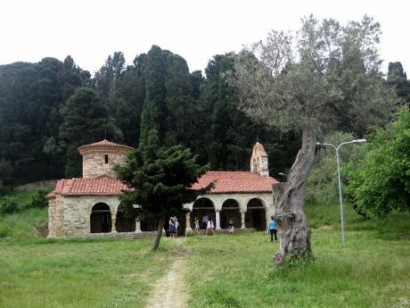 Православный монастырь в честь Успения Пресвятой Богородицы (Звернец)