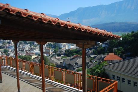 Албания общественным транспортом, лето 2016