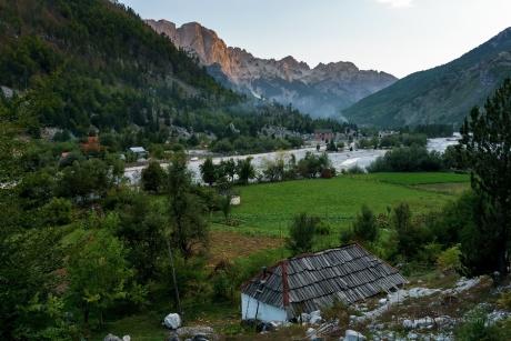Албания. Из Вальбоны в Сэс.