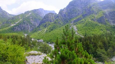 Лучше гор могут быть только горы, или два моих дня в Албанских Альпах