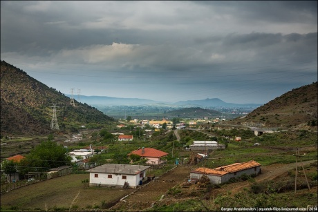 Такая разная Албания. Грязь и бедность пыльных дорог
