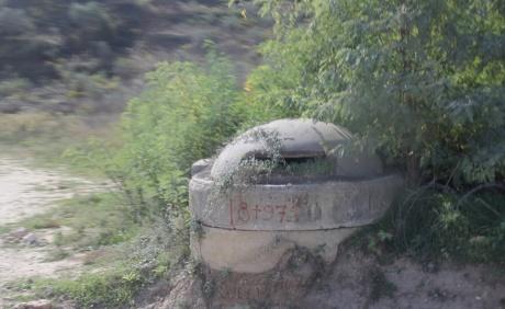 Влора - Дом-Корабль, игра в бункеры, и как мы спасались от грабителей.