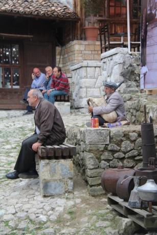Невероятные албанские приключения - деревня Круя возле Тираны