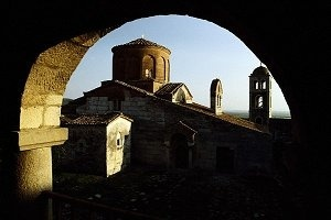 Архитектура Албании -пестрая смесь множества религий, стилей и культур
