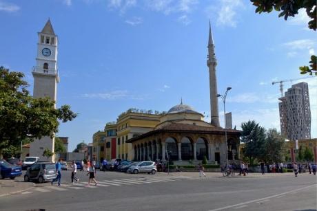 Автопутешествие по Балканам. Албания — Тирана.