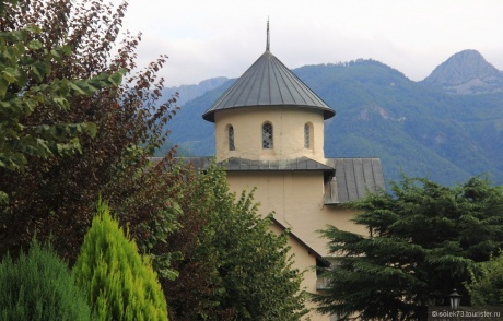 Бирюзово-Малахитовая Черногория