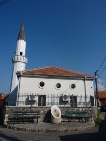 Неделя в Черногории в сезон.