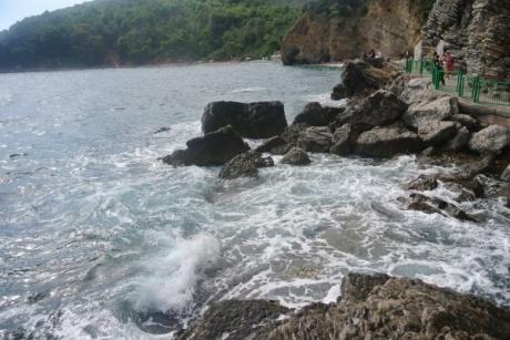 Будва. Пляж Могрен.