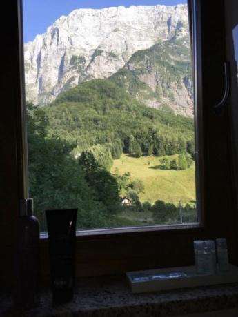 Крутые горы, бирюзовые водопады, чистейшие озера. День - 5