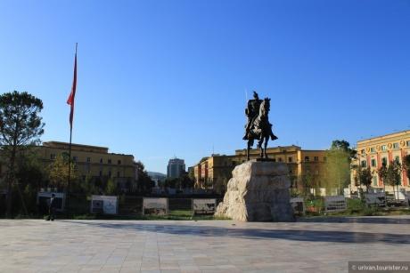 Семнадцать мгновений... Балканский вояж Штирлица. Албания