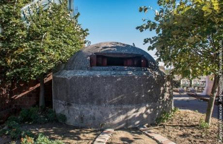 Албания - страна бункеров, мерседесов и преступников