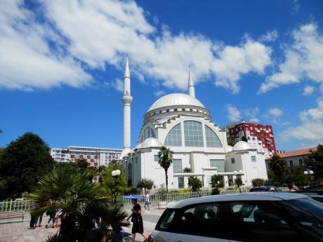 Неоднозначные впечатления от Албании