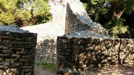 Бутринт — таинственный албанский незнакомец