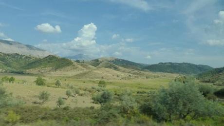 Девица Албания